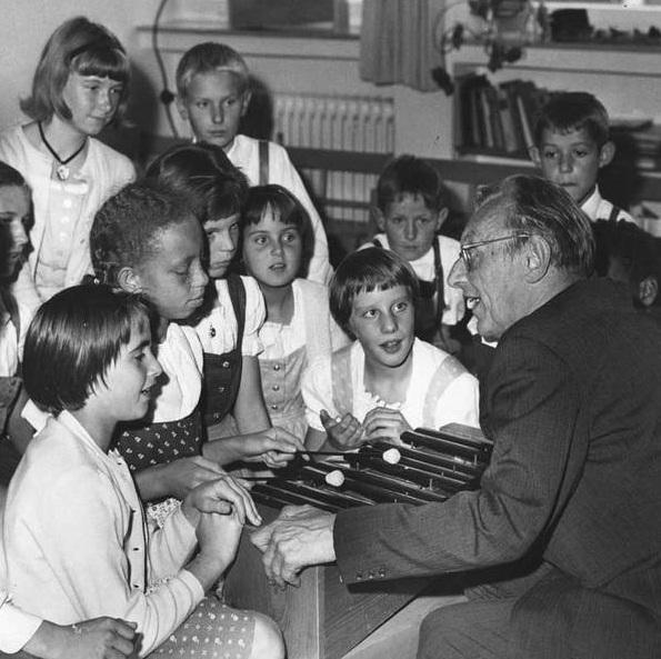 Orff-Schulwerk بنیان گذار متد ارف در آموزش موسیقی