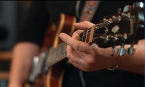 دوره رایگان آموزش گیتار پاپ و کلاسیک و...
